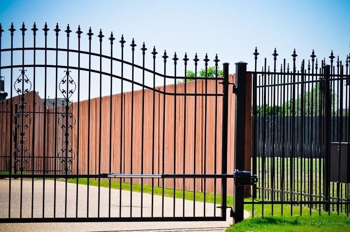 Security Gates And Garage Doors Dfw 817 769 6565