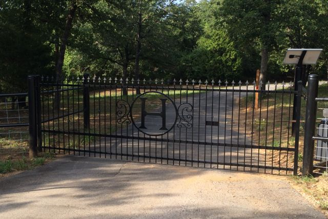 Automatic Gate Repairs Made Easy Titan Doors And Gates